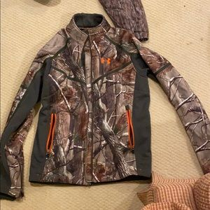 Under Armour Camo Hunting Jacket Size M